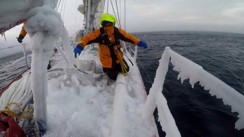 Kapitan z Nowej Soli poprowadził jacht przez lody Antarktydy (zdjęcia)