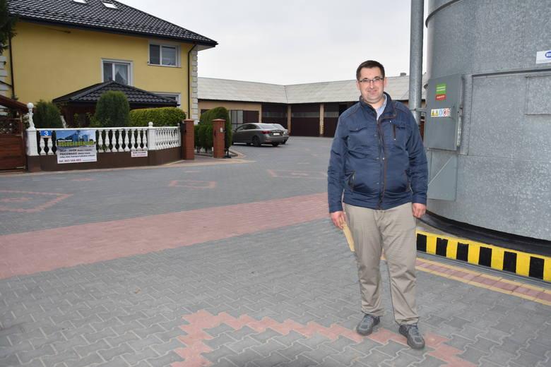 Mariusz Pawlak z Poddębic (koło Włocławka) tym razem zajął drugie miejsce w kategorii gospodarstw do 100 ha. Tak zdecydowała kapituła. Ale docenili go