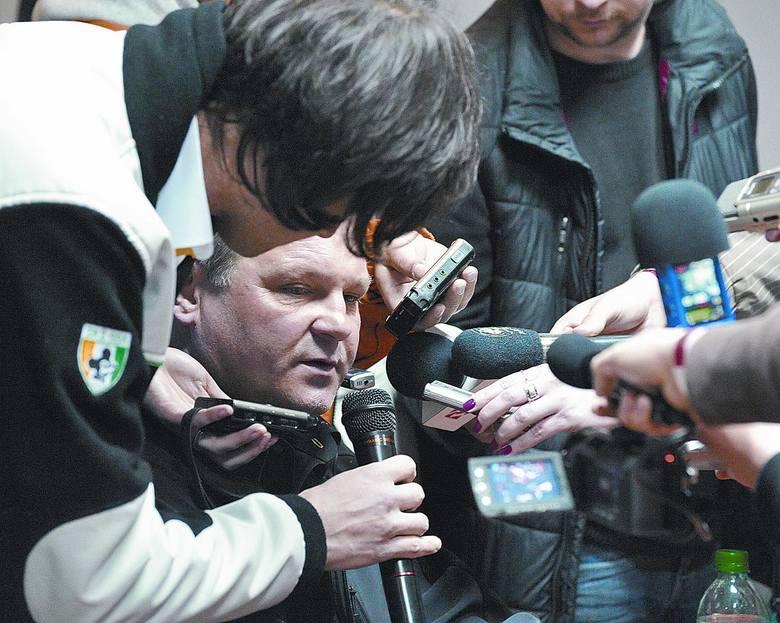 Trzy spotkania, zero punktów i ostatnie miejsce w tabeli. Trener Falubazu Piotr Żyto zaczął obronę tytułu od tłumaczenia, dlaczego jest tak słabo.