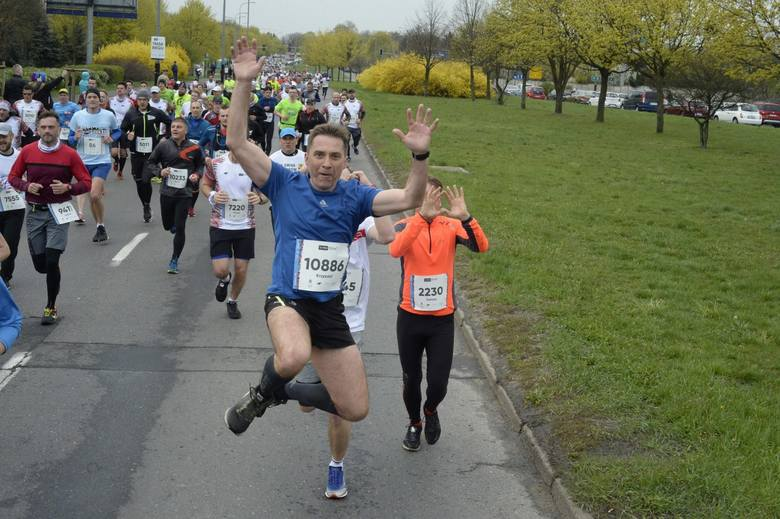 12. PKO Poznań Półmaraton 2019 za nami. Na trasie rywalizowało ponad 10 tysięcy biegaczy. Biegłeś w półmaratonie? Kibicowałeś? Znajdź się na zdjęciach!