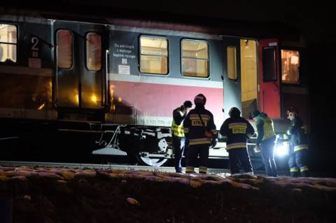 W Przemyślu na wysokości ulicy Buszkowickiej pociąg jadący do Przeworska potrącił mężczyznę. Mimo reanimacji zmarł on na miejscu wypadku.Mężczyzna miał
