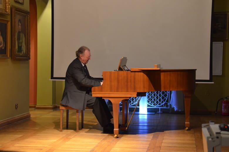 Daniel De Clerck dyrektor Akademii Muzycznej Fryderyka Chopina w Brukseli dał recital w Muzeum Podlaskim (zdjęcia)