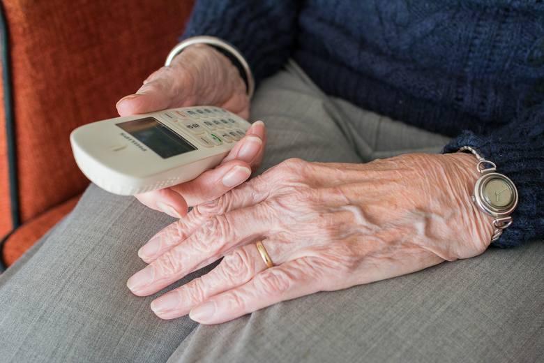 Dyżury telefoniczne dla seniorów odbywają się w każdy wtorek, w godz. 12-14 pod numerem 887 666 508