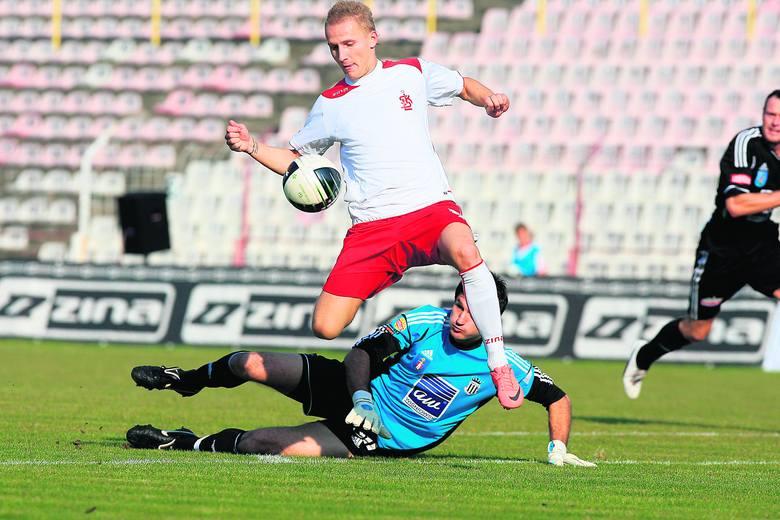 Mateusz Stąporski w meczu z Sandecją<br>Nowy Sącz dwa razy pokonał bramkarza <br>gości.