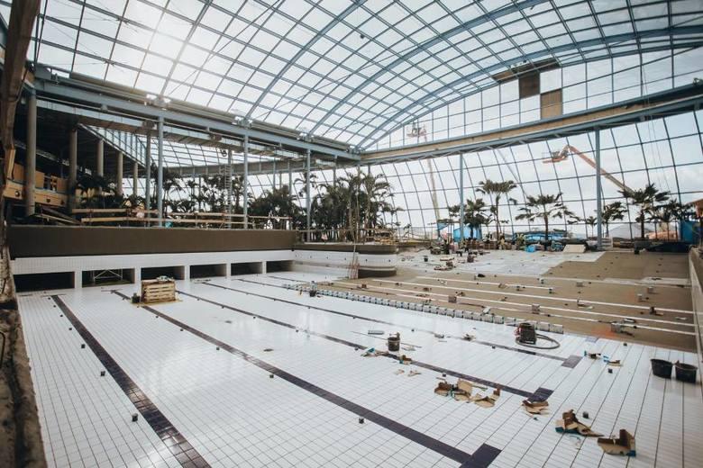 Park of Poland na finiszu. Powoli kończą się prace budowlane w największym krytym aquaparku w Europie. Jeszcze w tym roku pierwsi goście mają skorzystać