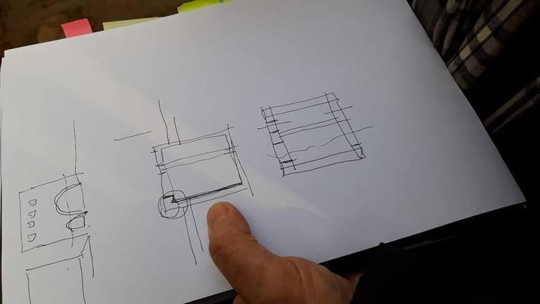 Część bramy, którą widać obecnie w wykopie, na tym rysunku jest zaznaczona grubszą kreską.