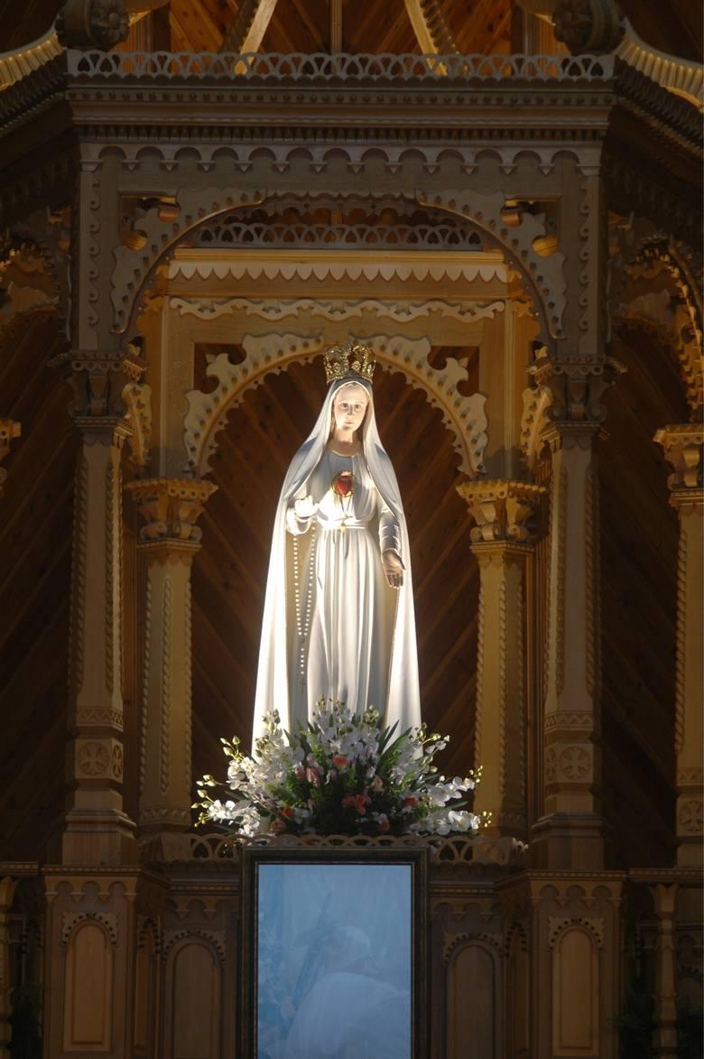 Figura Maryi przekazana do Polski w 1961 r. przez biskupa Fatimy
