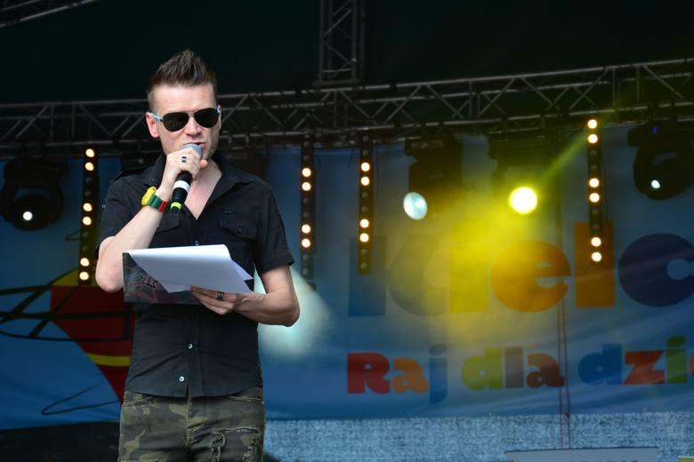Festiwal Scyzoryki. Świetny koncert artystów z Polski na Rynku w Kielcach. Gwiazdą był KASA. Gościnnie wystąpiła Justyna Sawicka