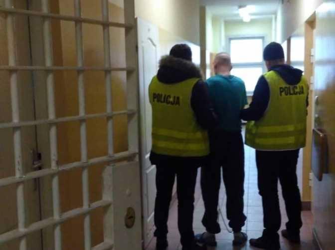 Dwóch mężczyzn podejrzanych o usiłowanie zabójstwa i rozboju zatrzymali brodniccy policjanci. Grozi im dożywocie.1 stycznia około godziny 17 do brodnickiej