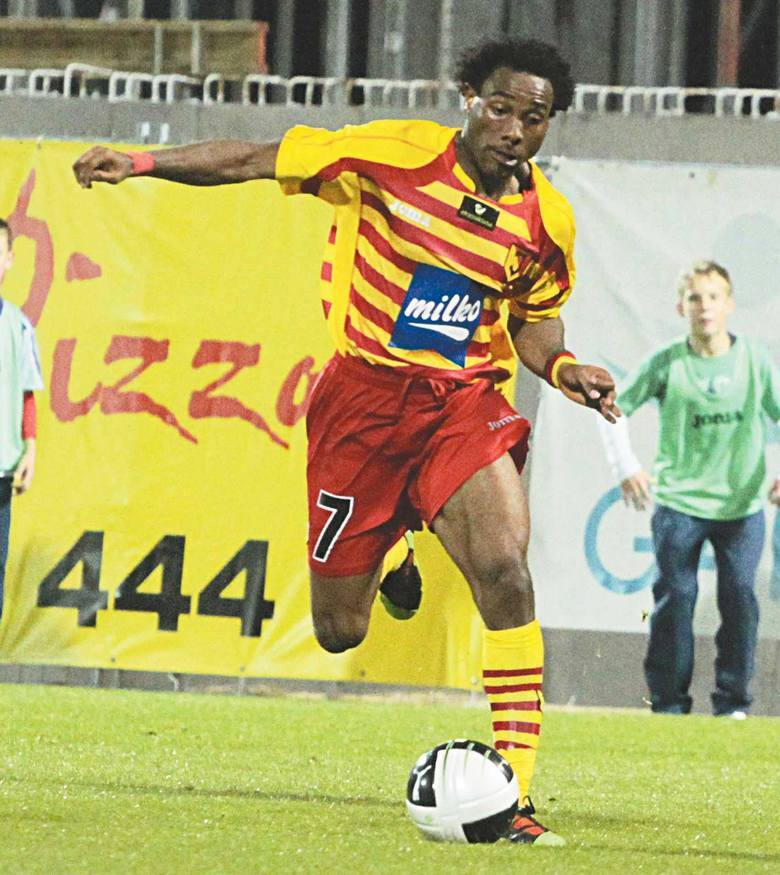 Do Jagiellonii trafił przed sezonem 2010/11 z ligi algierskiej. Jagiellonia była pierwszym europejskim klubem w karierze tego skrzydłowego. Piłkarz o