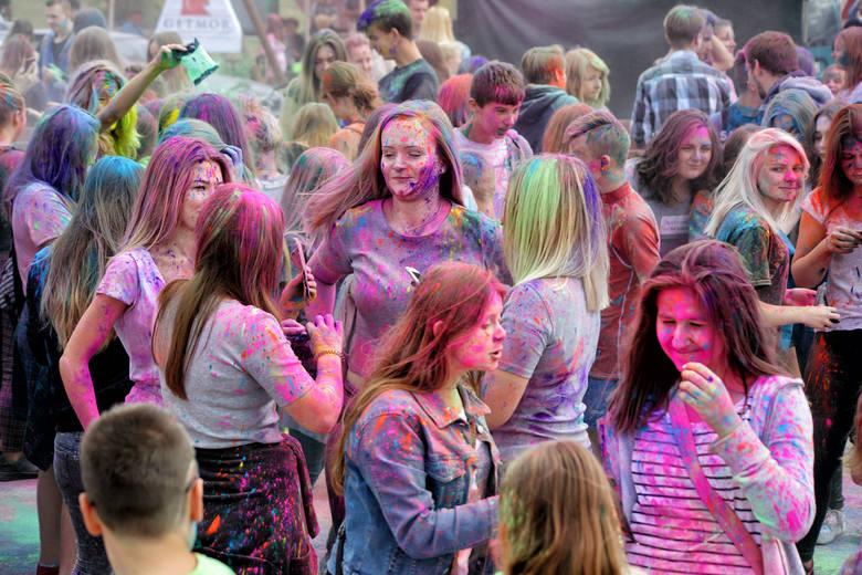 Festiwal Holi w Ostrołęce (ZDJĘCIA, WIDEO)