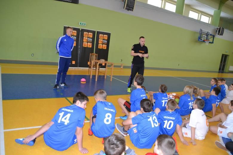 Rok 2017 rozpoczął się bardzo ciekawie dla dzieci oraz trenerów klubu sportowego UKS Żaki Bircza k. Przemyśla. Klub działający przy Zespole Szkół w Birczy,