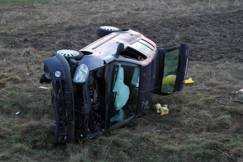 Zderzenie dwóch samochodów na S3 pod Zieloną Górą