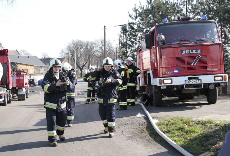 W OSP działa dziś około 30 strażaków. Dbają o bezpieczeństwo mieszkańców i organizują imprezy kulturalne.