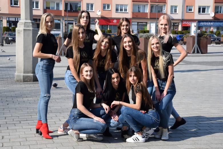 """W Lęborku spotkały się finalistki gali regionalnej """"Miss Pomorza Środkowego - Ziemi Słupskiej i Lęborskiej 2019"""". Finalistki konkursu"""