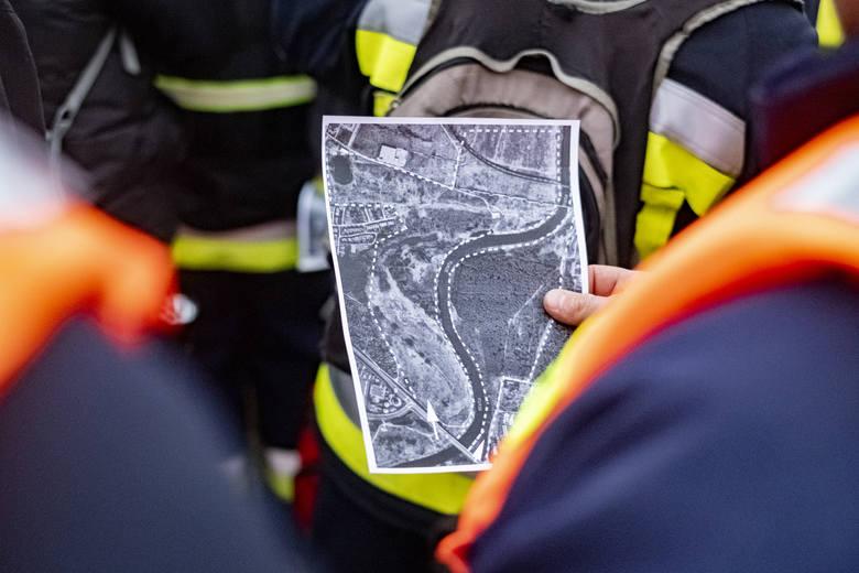 W tych ekipach znajdą się strażacy, grotołazi, osoby zajmujące się wspinaczką. Są oni wyposażeni w specjalistyczny sprzęt, mają wsparcie przewodnika