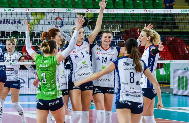 W 18. kolejce Ligi Siatkówki Kobiet Bank Pocztowy Pałac Bydgoszcz pokonał MKS Kalisz 3:0 (25:20, 25:19, 25:15). Całe spotkanie trwało zaledwie 76 minut!