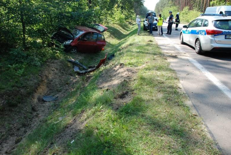 Dwa wypadki drogowe w Przyłęku koło Kolbuszowej. Do szpitala trafiły w sumie 4 osoby [ZDJĘCIA]