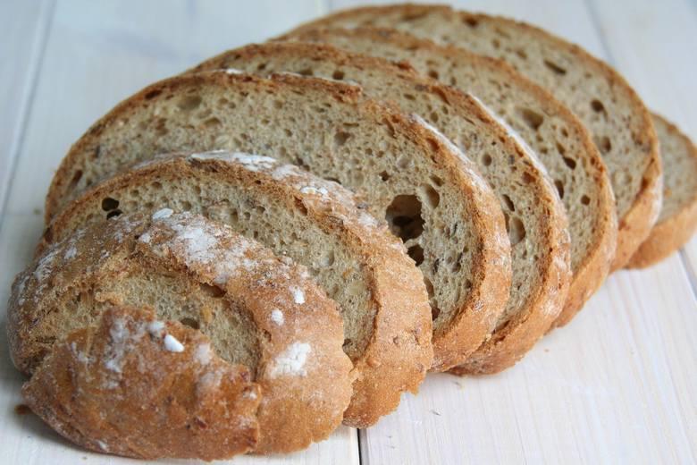 Pogotowie kulinarne na czas koronawirusa: szef kuchni radzi co zrobić z…  zeschniętym chlebem i jak można wykorzystać chleb.