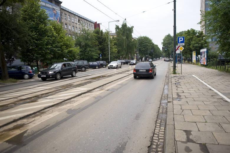Torowisko w ul. Królewskiej, Podchorążych i Bronowickiej znajduje się w fatalnym stanie. Wymaga pilnego remontu