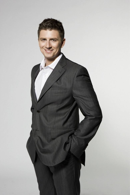 Mateusz Borek, znany komentator sportowy.