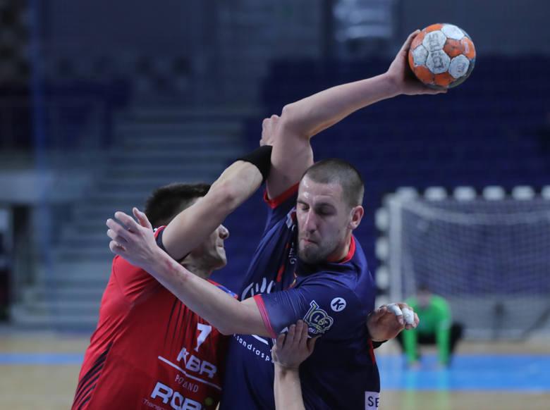 Paweł Krupa jest liderem szczecińskiej siódemki - kieruje obroną oraz potrafi być najskuteczniejszym zawodnikiem ataku. Doskonale  rozumie się z trenerem