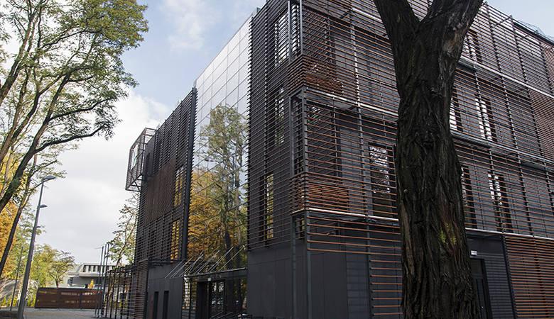 Nowa, ekologiczna siedziba WFOŚiGW w Łodzi przy ul. Dubois 118. Otwarcie już na początku 2016 r.