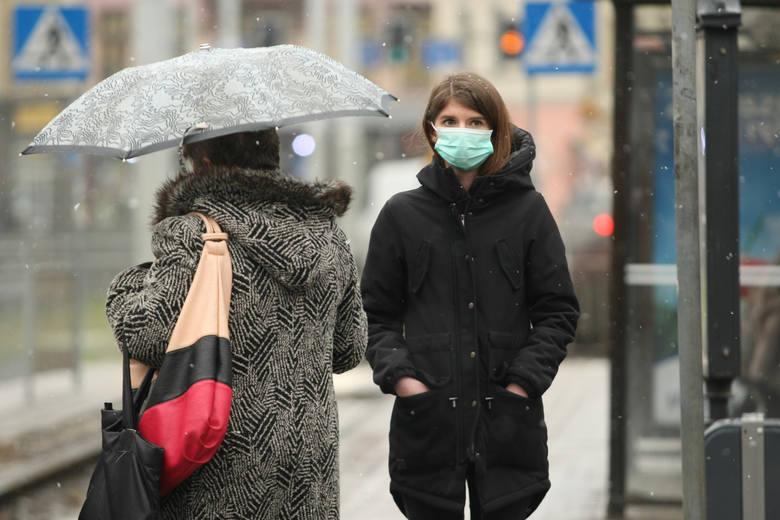 Z raportu dotyczącego jakości powietrza w polskich miastach, wynika, że mieszkańcy miejscowości o największym stężeniu smogu, bezwiednie wypalają nawet