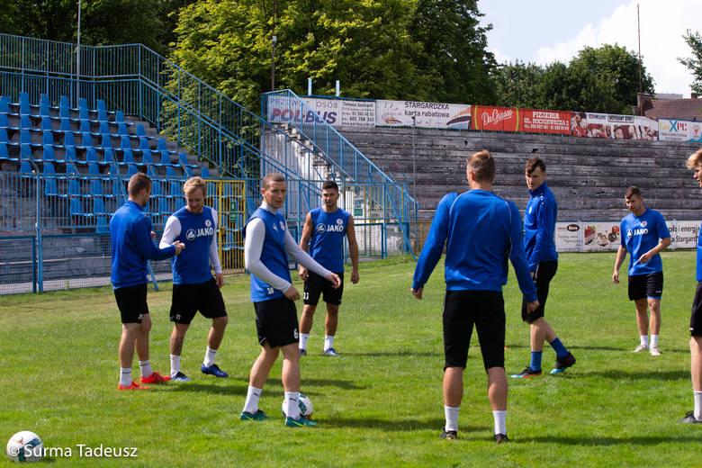 Trening Błękitnych na stadionie przy ulicy Ceglanej w Stargardzie