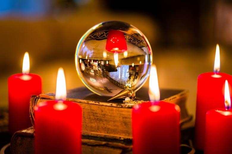 Już 30 listopada przypadają imieniny Świętego Andrzeja. Ich nieodłącznym elementem w naszej tradycji są wróżby oraz... zabawy. Wiele lokali przygotowało