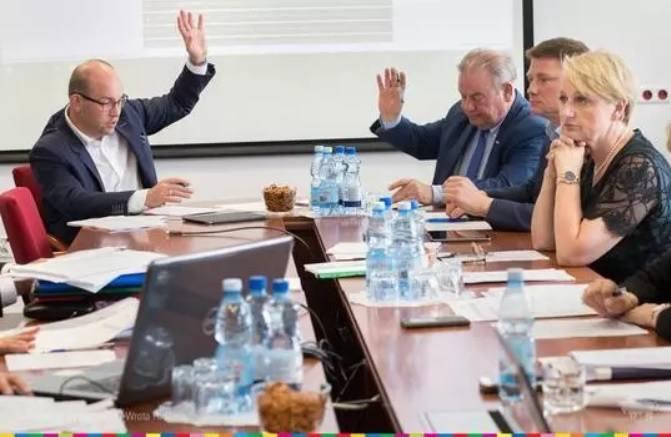 Biatech z Białegostoku z dofinansowaniem funduszami europejskimi wyjazdu na targi w Kielcach Work Safety-Expo 2019