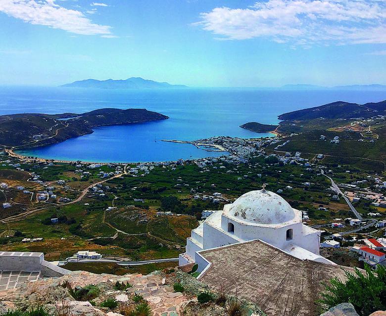 Z łódzkiego lotniska na rejs po Cykladach. To szansa na wspaniały urlop w Grecji!