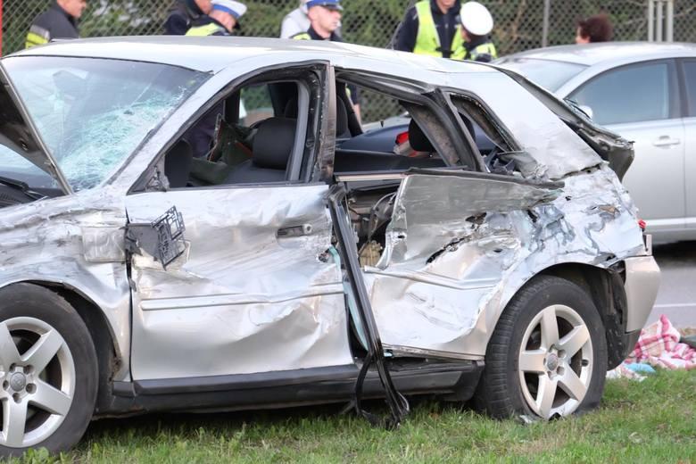 Do wypadku doszło na 364 km drogi krajowej numer 10, w miejscowości Wioska, w powiecie lipnowskim. Więcej na kolejnych zdjęciach >>>>Piraci