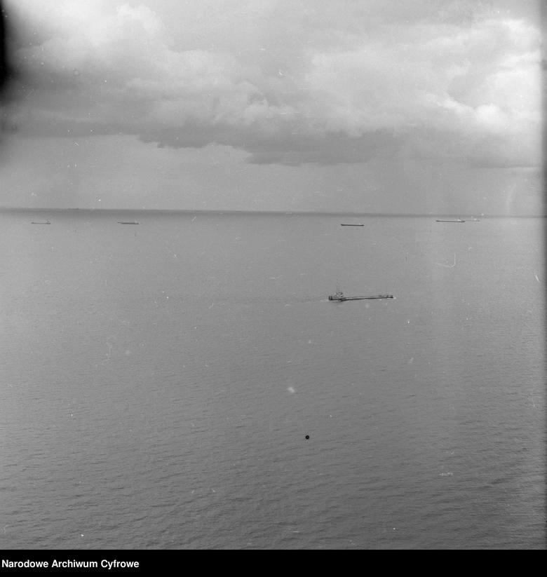 Tankowce na wodach Zatoki Gdańskiej w pobliżu Portu Północnego