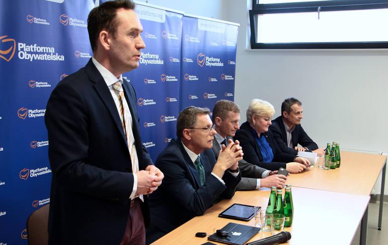Mieszkańcy Grudziądza Zasypali Pytaniami Posłów Platformy