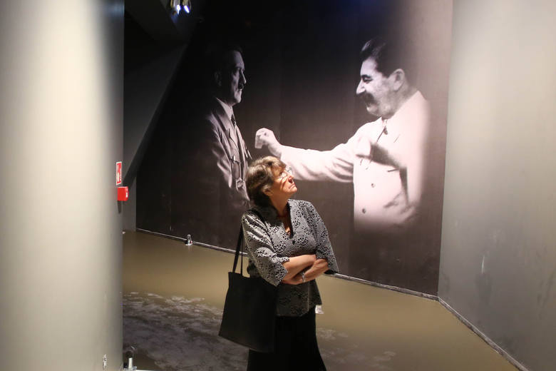Każdy ze zwiedzających będzie po obejrzeniu wystawy wiedział, że za wybuch wojny współodpowiadali Hitler i Stalin