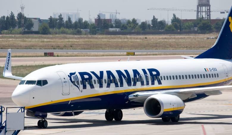 Ryanair Odwoluje Loty Odszkodowanie Za Odwolany Lot Ryanair
