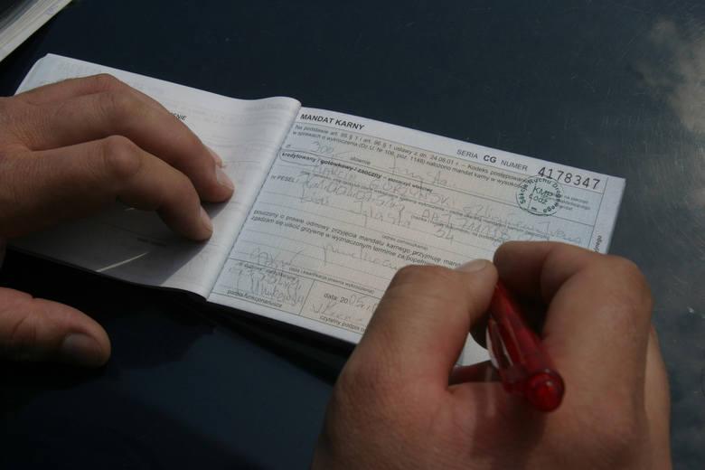Kodeks drogowy. Czy za niezapłacony mandat grozi więzienie?