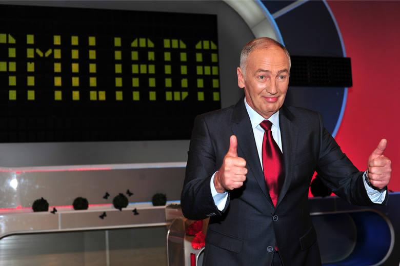 """W programie """"Familiada"""" uczestnicy mogli wygrać 15 tysięcy złotych. Niestety na drodze do tych pieniędzy stanęło im pytanie, które"""
