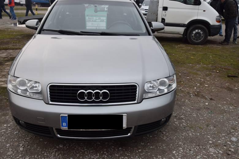 Audi A4 - rok produkcji 2004, z silnikiem 1.9 TDI i mocy 101 KM. Cena 15 600 zł