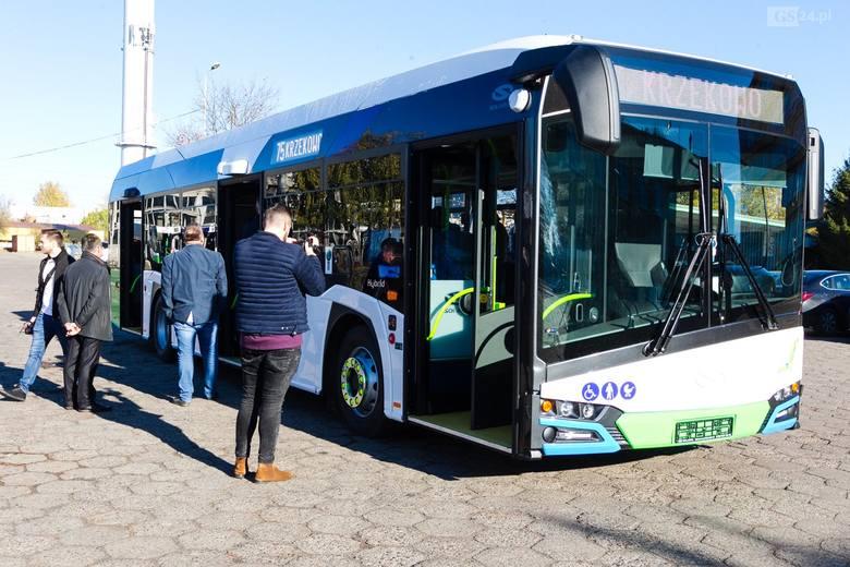 Do Szczecina dojechał pierwszy hybrydowy autobus. Czekamy na kolejne [ZDJĘCIA, WIDEO]