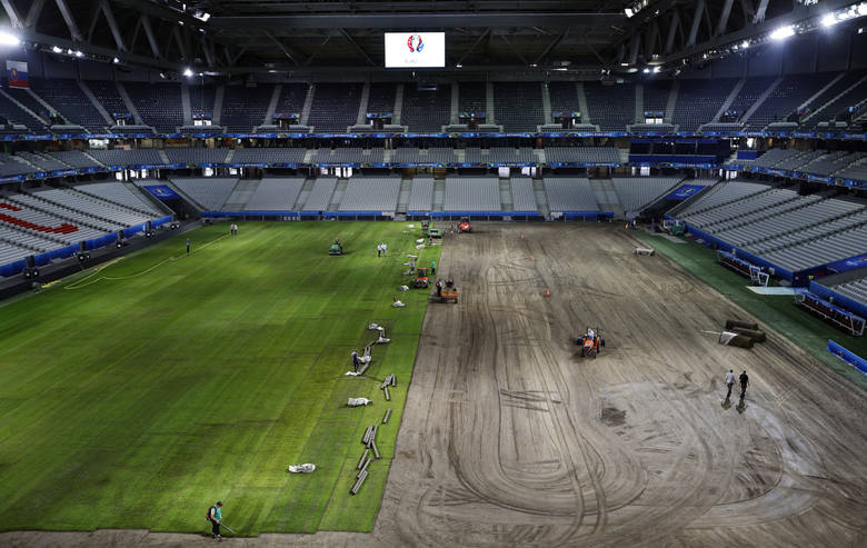 Wymieniono murawę na stadionie w Lille [ZDJĘCIA]