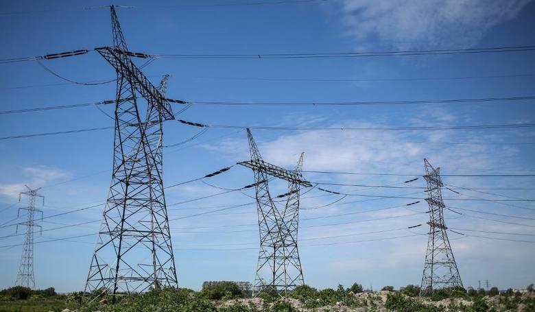 W najbliższych dniach mieszkańcy kilku miejscowości w naszym regionie musza być przygotowani na przerwy w dostawie energii elektrycznej. Gdzie zabraknie