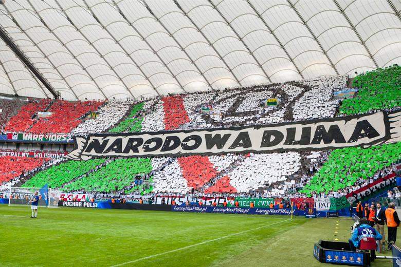 17 kwietnia 2012 roku na PGE Narodowym w Warszawie odbył się pierwszy mecz. W sparingu Legia Warszawa przegrała z hiszpańską Sevillą 0:2. Od tamtej pory