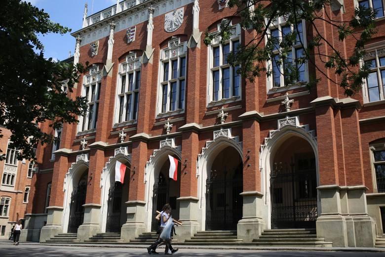 Na Uniwersytecie Jagiellońskim wolnych zostało jeszcze nieco ponad 1,5 tys. miejsc na studiach stacjonarnych pierwszego stopnia i jednolitych magisterskich.