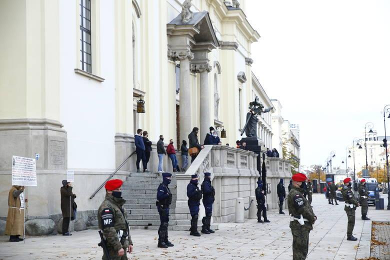 Żandarmeria Wojskowa na ulicach Warszawy