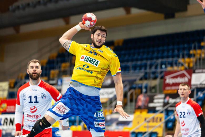 W sobotę piłkarze ręczni Łomża Vive Kielce rozegrali pierwszy po dwutygodniowej przerwie mecz. Wygrali na wyjeździe z Energą MKS Kalisz 33:28 (21:11).