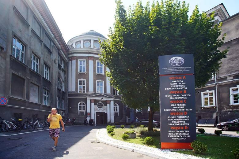 W Szpitalu Przemienienia Pańskiego przy ul. Długiej przez ok. 5 lat dochodziło do mobbingu, władze uczelni i szpitala nie zareagowaly we właściwy sposób