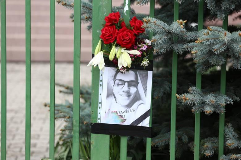Warszawa Wawer: Zabójstwo ucznia w szkole podstawowej. Kolejne dwie osoby zatrzymane