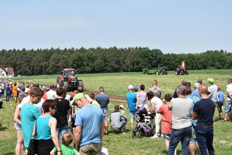 W Grubnie koło Chełmna zakończyła się ważna impreza dla rolników -  XXIII Kujawsko-Pomorskich Dni Pola. Jest ona bardzo ceniona w branży rolniczej m.in.